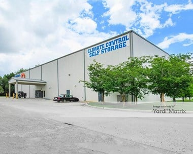 Storage Units for Rent available at 3147 College Drive, Baton Rouge, LA 70808 Photo Gallery 1
