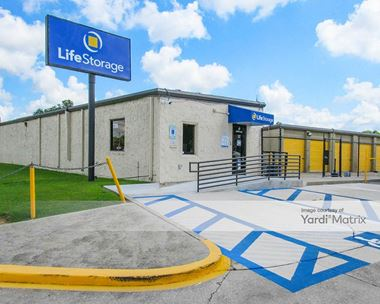 Storage Units for Rent available at 7375 Airline Hwy, Baton Rouge, LA 70805 Photo Gallery 1