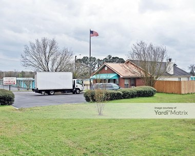 Storage Units for Rent available at 4735 Robinson Road, Jackson, MS 39204 Photo Gallery 1