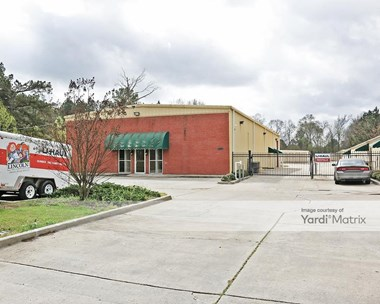 Storage Units for Rent available at 5850 North State Street, Jackson, MS 39206 Photo Gallery 1