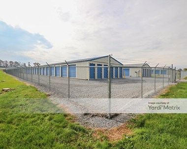 Storage Units for Rent available at 300 Oak Flat Road, Newville, PA 17241 Photo Gallery 1