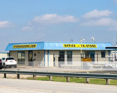 Storage Units for Rent available at 2910 North Frankford Avenue, Lubbock, TX 79416 Photo Gallery 1