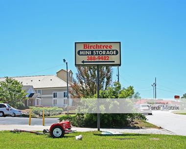 Storage Units for Rent available at 212 Birchtree Drive, Greenwood, SC 29649 Photo Gallery 1