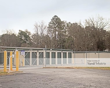 Storage Units for Rent available at 616 Pearman Dairy Road, Anderson, SC 29625 Photo Gallery 1