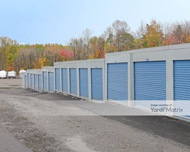 Storage Units for Rent available at 6003 East State Street, Hermitage, PA 16148 Photo Gallery 1