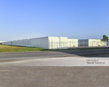 Storage Units for Rent available at 1123 Macarthur Avenue, Harvey, LA 70058 Photo Gallery 1