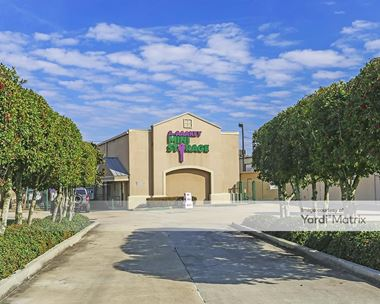 Storage Units for Rent available at 2321 Belle Chasse Hwy, Gretna, LA 70056 Photo Gallery 1