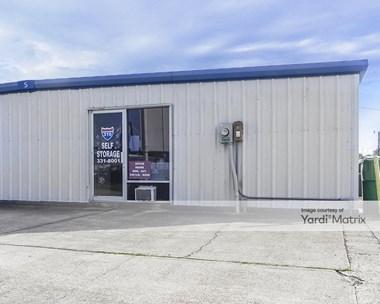 Storage Units for Rent available at 10 Dufresne Loop, Luling, LA 70070 Photo Gallery 1