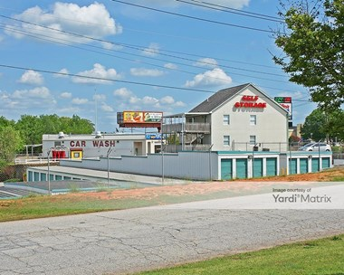 Storage Units for Rent available at 5121 Pelham Road, Greenville, SC 29615 Photo Gallery 1