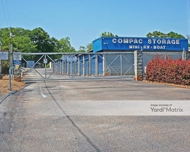 Storage Units for Rent available at 4 North Kings Road, Greenville, SC 29605 Photo Gallery 1