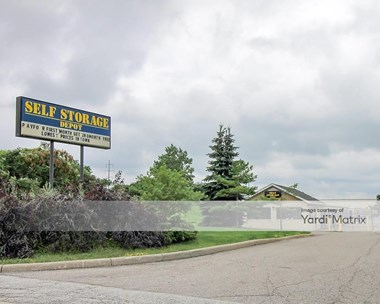 Storage Units for Rent available at 5333 Bedford Street, Bedford Heights, OH 44146 Photo Gallery 1
