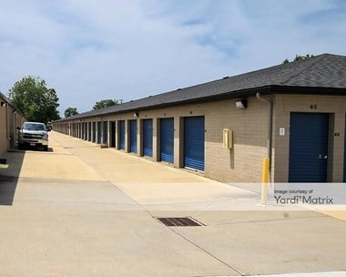Storage Units for Rent available at 1100 Erie Road, Eastlake, OH 44095 Photo Gallery 1
