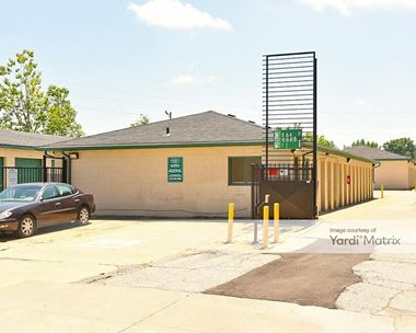 Storage Units for Rent available at 34880 Lakeland Blvd, Eastlake, OH 44095 Photo Gallery 1