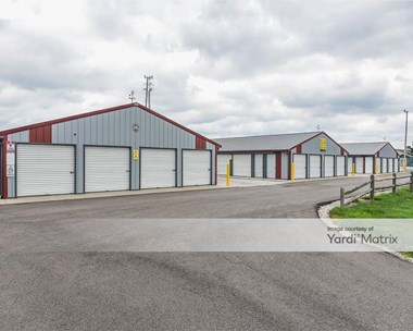 Storage Units for Rent available at 36200 West Royalton Road, Grafton, OH 44044 Photo Gallery 1
