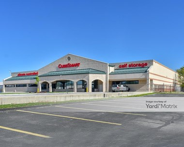 Storage Units for Rent available at 13820 Lorain Avenue, Cleveland, OH 44111 Photo Gallery 1