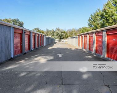 Storage Units for Rent available at 2043-45 Central Avenue, Albany, NY 12205 Photo Gallery 1