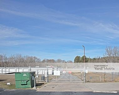 Storage Units for Rent available at 1409 James Cox Road, Belton, SC 29627 Photo Gallery 1