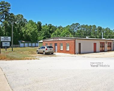 Storage Units for Rent available at 2075 Calhoun Road, Greenwood, SC 29649 Photo Gallery 1