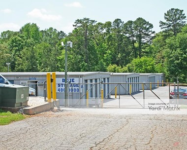 Storage Units for Rent available at 1660 East Main Street, Duncan, SC 29334 Photo Gallery 1