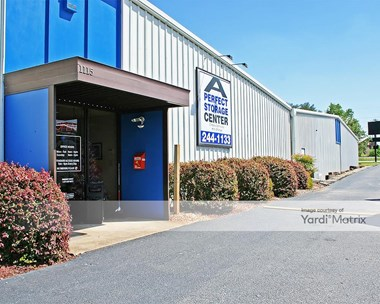 Storage Units for Rent available at 1115 Tanner Road, Taylors, SC 29687 Photo Gallery 1