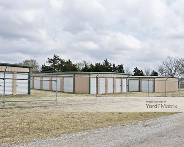 Storage Units for Rent available at 173 East 7Th Street, Jennings, OK 74038 Photo Gallery 1
