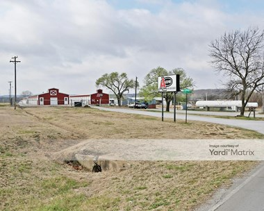 Storage Units for Rent available at 2015 SW 14Th Street Loop, Bartlesville, OK 74003 Photo Gallery 1