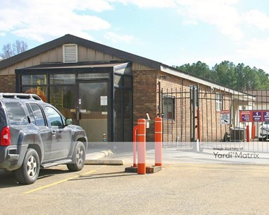 Storage Units for Rent available at 7822 East Brainerd Road, Chattanooga, TN 37421 Photo Gallery 1