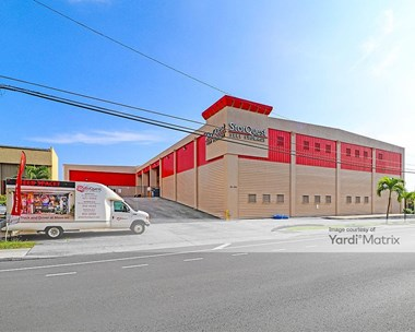 Storage Units for Rent available at 94-299 Farrington Hwy, Waipahu, HI 96797 Photo Gallery 1