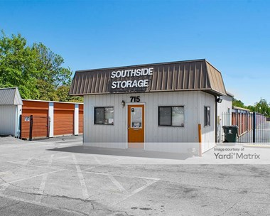 Storage Units for Rent available at 715 Russell Pkwy, Warner Robins, GA 31088 Photo Gallery 1