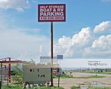 Storage Units for Rent available at 7715 Andrews Hwy, Odessa, TX 79765 Photo Gallery 1