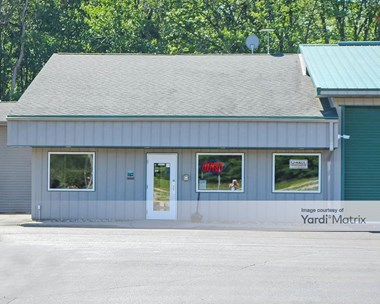Storage Units for Rent available at 2440 Lansing Road, Charlotte, MI 48813 Photo Gallery 1