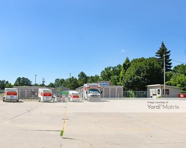 Storage Units for Rent available at 1003 West Main Street, Owosso, MI 48867 Photo Gallery 1