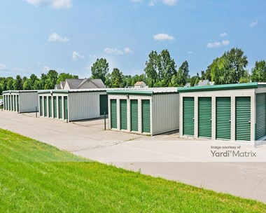 Storage Units for Rent available at 1475 East Maple Avenue, Burton, MI 48529 Photo Gallery 1
