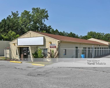 Storage Units for Rent available at 1159 North Leroy Street, Fenton, MI 48430 Photo Gallery 1