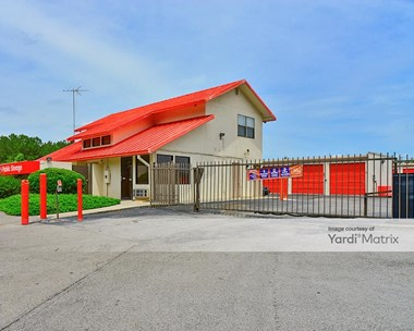 Storage Units for Rent available at 1224 Old Monrovia Road, Huntsville, AL 35806 Photo Gallery 1