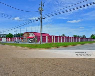 Storage Units for Rent available at 105 Castle Drive, Madison, AL 35758 Photo Gallery 1