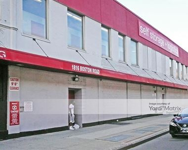 Storage Units for Rent available at 1816 Boston Road, Bronx, NY 10460 Photo Gallery 1