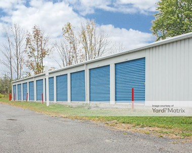 Storage Units for Rent available at 560 Joslen Blvd, Hudson, NY 12534 Photo Gallery 1