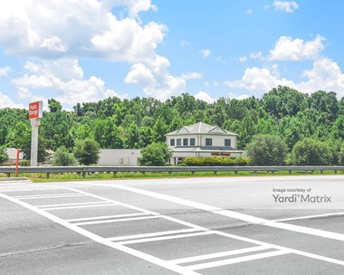 Storage Units for Rent available at 146 Pipemaker Circle, Pooler, GA 31322 Photo Gallery 1