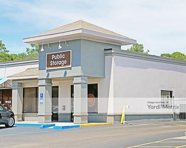 Storage Units for Rent available at 55 Mathews Drive, Hilton Head Isle, SC 29926 Photo Gallery 1