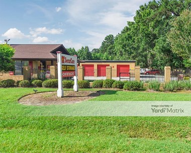 Storage Units for Rent available at 15050 Abercorn Street, Savannah, GA 31419 Photo Gallery 1