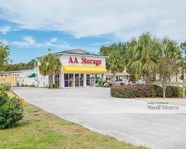 Storage Units for Rent available at 8137 Market Street, Wilmington, NC 28411 Photo Gallery 1