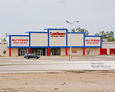 Storage Units for Rent available at 3800 West Broad Street, Columbus, OH 43228 Photo Gallery 1