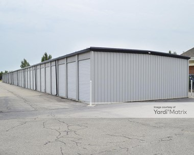 Storage Units for Rent available at 2802 North Lorraine Street, Hutchinson, KS 67502 Photo Gallery 1