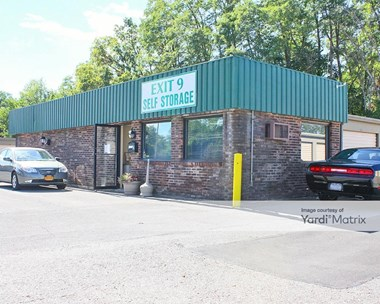 Storage Units for Rent available at 101 Sitterly Road, Halfmoon, NY 12065 Photo Gallery 1