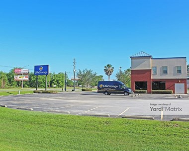 Storage Units for Rent available at 7775 State Highway 59, Foley, AL 36535 Photo Gallery 1