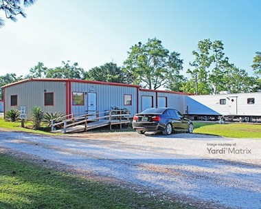 Storage Units for Rent available at 36545 Hwy 59, Stapleton, AL 36578 Photo Gallery 1