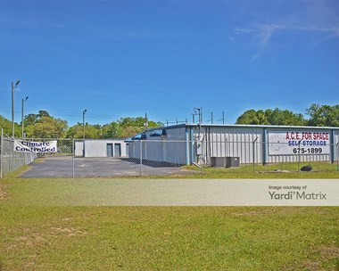 Storage Units for Rent available at 5210 Hartley Road, Satsuma, AL 36572 Photo Gallery 1