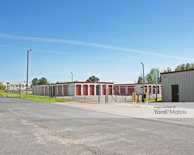 Storage Units for Rent available at 2146 Highway 292, Inman, SC 29349 Photo Gallery 1