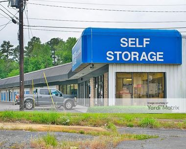 Storage Units for Rent available at 2432 Riverside Drive, Macon, GA 31204 Photo Gallery 1